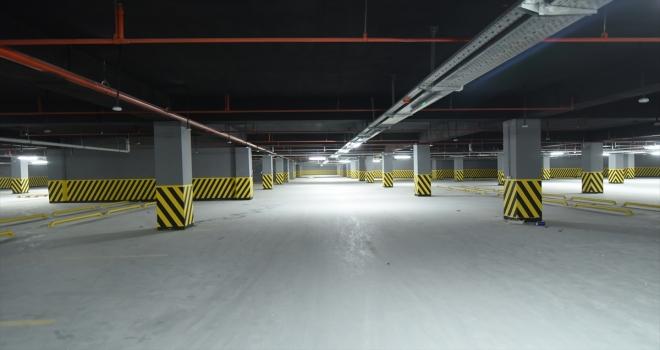 Konya Büyükşehir Belediye Başkanı Altay, Meram Yer Altı Katlı Otopark inşaatını inceledi
