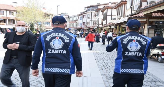 Konya Büyükşehir Belediyesi'nin dilencilere yönelik denetimleri devam ediyor