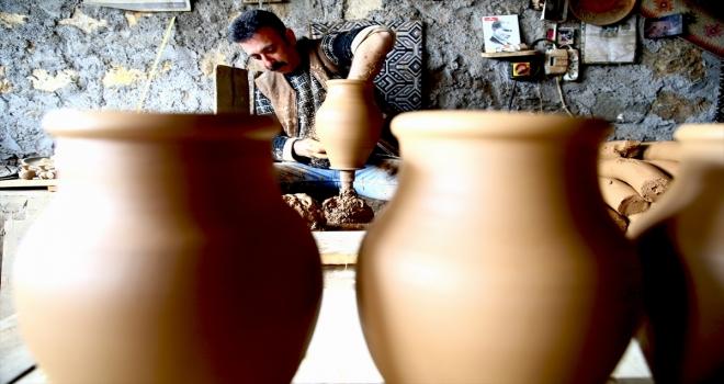 RAHMET VE BEREKET AYI RAMAZAN - Avanos'ta çanakları pişiren ustalar 900 derecelik ısıda oruç tutuyor