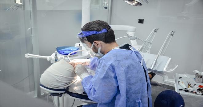 Ramazanda ağız ve diş sağlığına daha fazla önem verilmesi gerekiyor