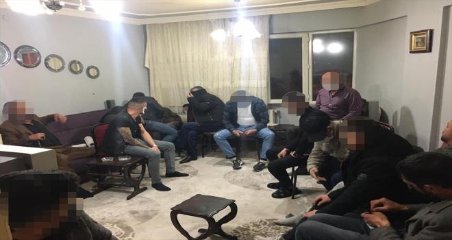 Sivas'ta Kovid-19 tedbirlerini ihlal edip kumar oynayan 20 kişiye 60 bin 407 lira ceza verildi