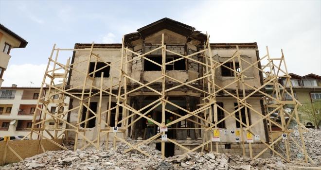 Sivas'ta sivil mimari dokunun yaşatılması hedefiyle eski konaklar restore ediliyor