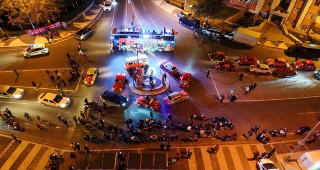 Talas Belediyesi 23 Nisan coşkusunu gezi otobüsü ile kutladı