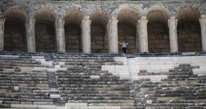 Turizmin başkenti Antalya, açık hava müzeleriyle göz kamaştırıyor