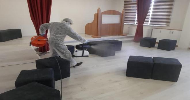 Ulaş'ta okullar dezenfekte edildi