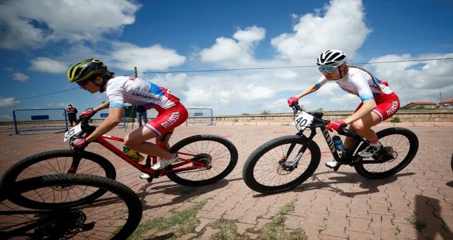 Uluslararası Erciyes 2021 Dağ Bisikleti Yarışları'na Velo Erciyes MTB Cup etabıyla devam edildi