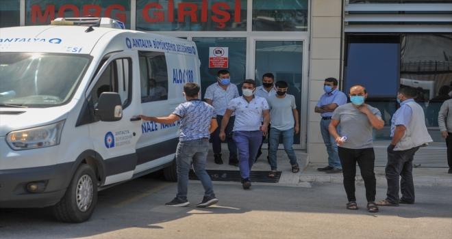 Antalya'da sulama havuzunda bulunan iki kişinin cenazesi ailelerine teslim edildi