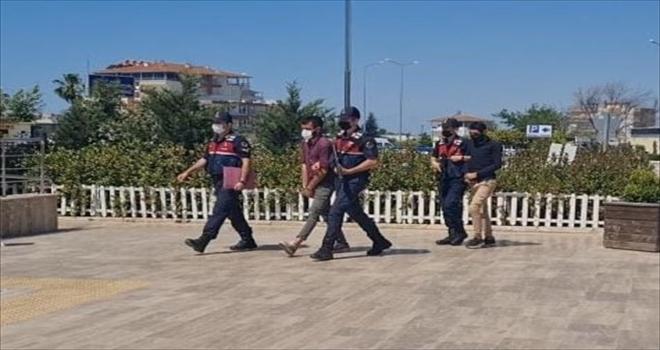 Antalya'da telefon tellerini çaldığı belirlenen iki şüpheli gözaltına alındı