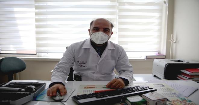 Cilt kanserine karşı ayna karşısında düzenli muayene önerisi