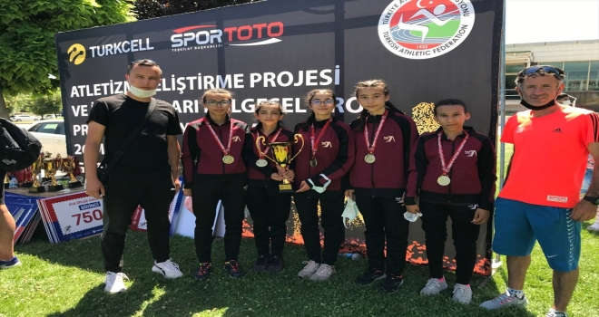Eskişehirli atlet kızlar Türkiye birincisi oldu