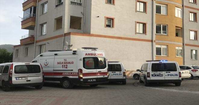 Kayseri'de 11. kattan düşen 4 yaşındaki çocuk öldü