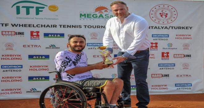 Paralimpik tenisçi Fatih Karataş, Türkiye'yi Paralimpik Oyunları'nda temsil etmek istiyor