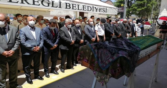 1. Ordu Komutanı Orgeneral Musa Avsever, Konya'da kayınvalidesinin cenazesine katıldı