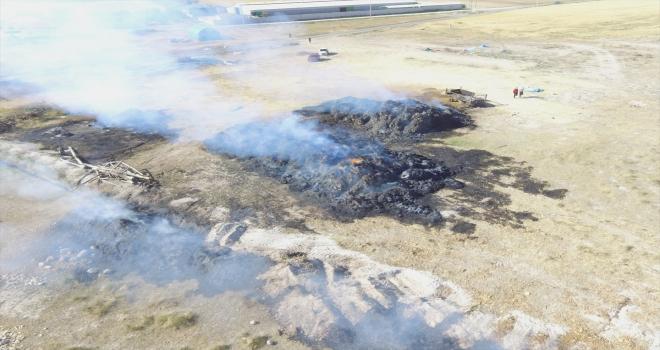 Aksaray'da 250 ton saman yandı