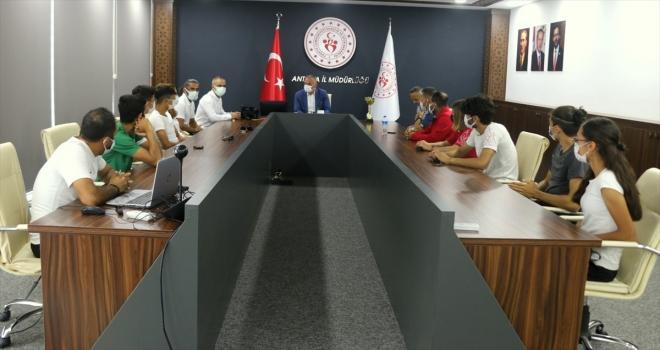 Antalya'da başarılı sporcular ödüllendirildi