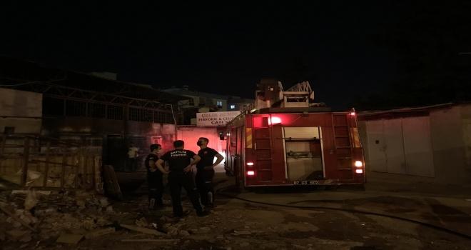 Antalya'da iş yerinde çıkan yangın hasara neden oldu