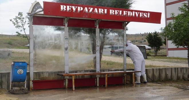 Beypazarı Belediyesi dolmuş ve otobüs duraklarında dezenfekte çalışması başlattı