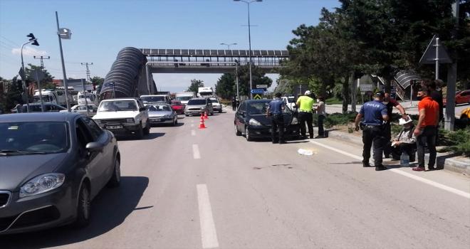 Beypazarı'nda otomobilin çarptığı kişi yaralandı