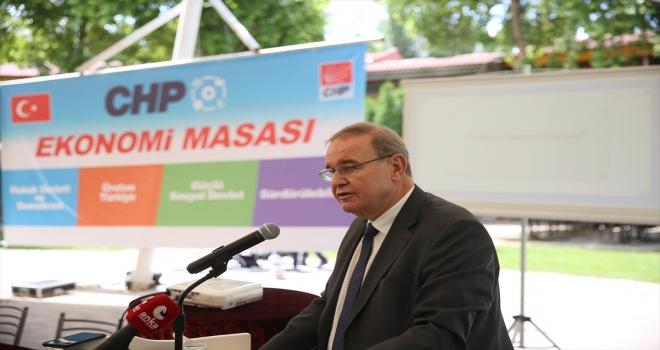 CHP Genel Başkan Yardımcısı ve Parti Sözcüsü Öztrak, Eskişehir'de CHP Ekonomi Masası Toplantısı'nda konuştu: