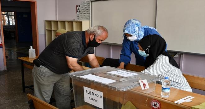 İç Anadolu'da muhtarlık ara seçimleri başladı