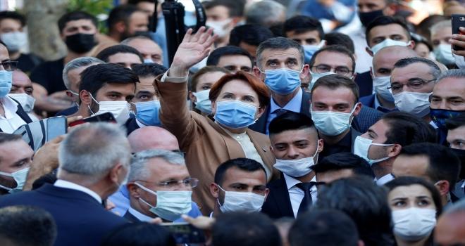 İYİ Parti Genel Başkanı Akşener, Niğde'de esnafı ziyaret etti