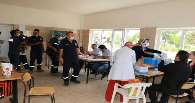 Kırıkkale'de belediye çalışanlarına Kovid-19 aşıları yapılıyor