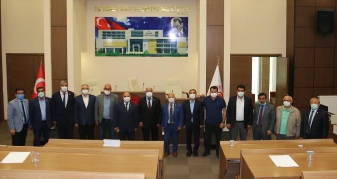 Kırşehir'de İl Genel Meclisi üyelerine kuraklık bilgilendirmesi