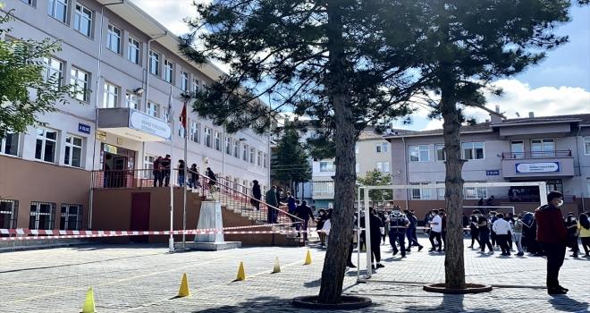 Kırşehir'de LGS'nin birinci oturumu başladı