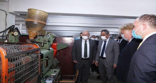MEB ile ATO'dan Gazi Mesleki ve Teknik Anadolu Lisesi'ne ziyaret