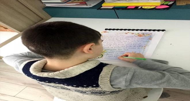 Öğrenciler teknolojiyle eğlenerek İngilizce öğrenme ile ilgili ön yargısını yendi
