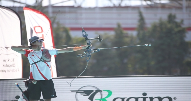 Okçuluk Milli Takımı'nda Mete Gazoz, olimpiyat kotası elde etti