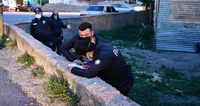 Sivas'ta pitbull cinsi köpeğin ısırdığı 5 yaşındaki çocuk hafif yaralandı