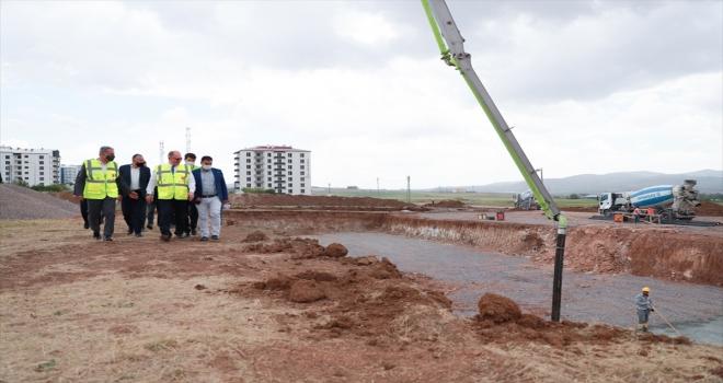 Sivas'ta, Şeyh Şamil Çok Amaçlı Spor Kompleksi'nin temeli atıldı