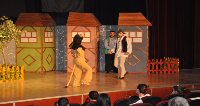 62. Uluslararası Akşehir Nasreddin Hoca Şenlikleri kapsamında tiyatro oyunu sahnelendi