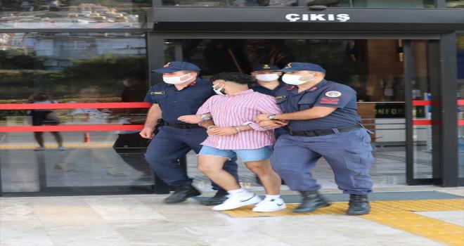 Antalya'da 2 kişinin ölümüne neden olan sürücü tutuklandı