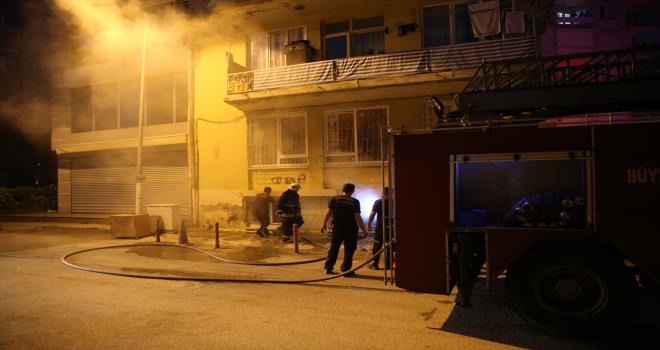 Antalya'da çıkan ev yangını hasara yol açtı