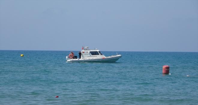 Antalya'da denizde kaybolan 15 yaşındaki çocuk için arama çalışması başlatıldı