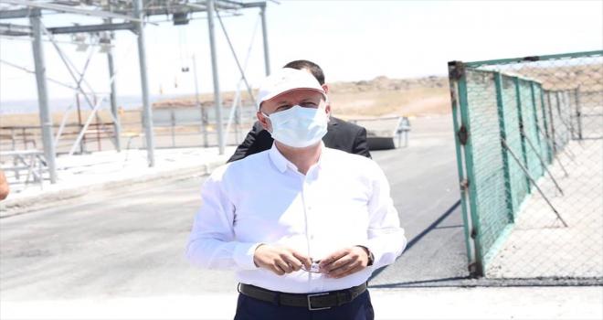 Başkan Çolakbayrakdar, kurban kesim alanını denetledi