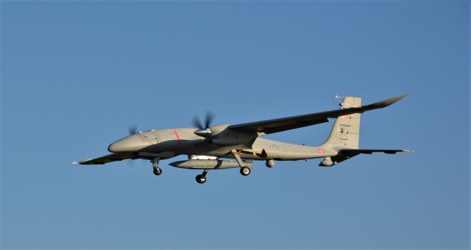 Bayraktar AKINCI TİHA, 1.360 kilogram faydalı yükle 13 saat 24 dakika uçtu