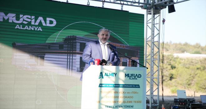 Dışişleri Bakanı Çavuşoğlu, Alanya'daki bir tesisin temel atma törenine telefonla katıldı: