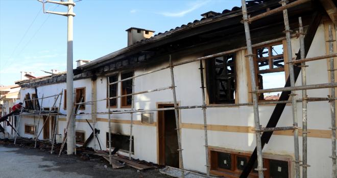 GÜNCELLEME - Çankırı'da turizme kazandırılması planlanan 3 ev yandı
