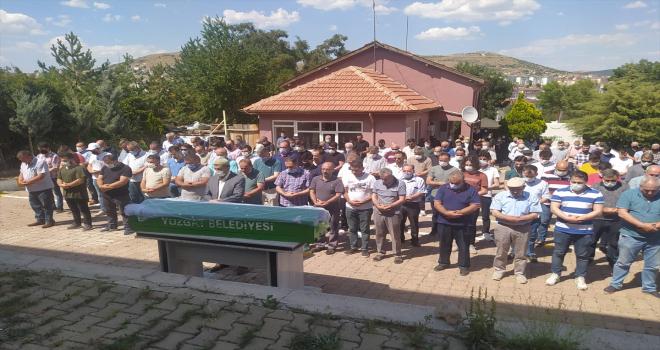 GÜNCELLEME - Yozgat'ta uzman çavuş düğün hazırlığı yaptığı nişanlısını öldürdükten sonra intihar etti