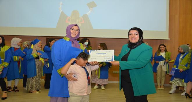 KAEÜ Kadın Akademisi ilk mezunlarını verdi