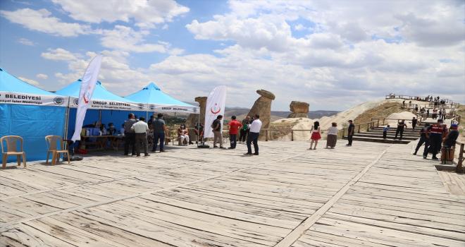 Kapadokya'da yerli turistlere mobil aşı hizmeti
