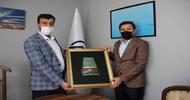 Karatay Belediye Başkanı Kılca'dan, AA Konya Bölge Müdürü Yerlikaya'ya