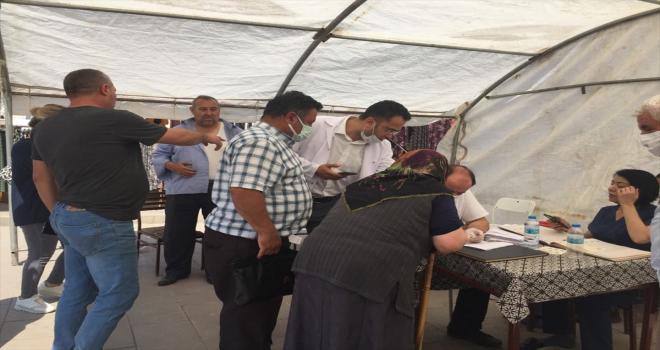 Keskin'de çadırda Kovid-19 aşısı yapılıyor