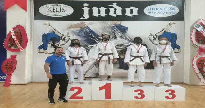 Konya Büyükşehir Belediyespor Judo Takımı Kilis'den madalyayla döndü
