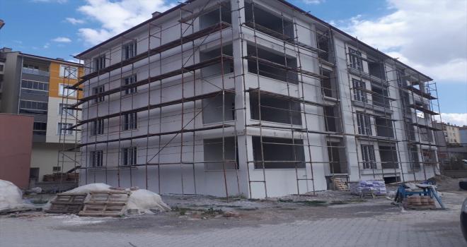 Konya'da iskeleden düşen işçi ağır yaralandı