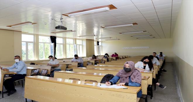 SBTÜ'de yüksek lisans ve doktora sınavları yapıldı