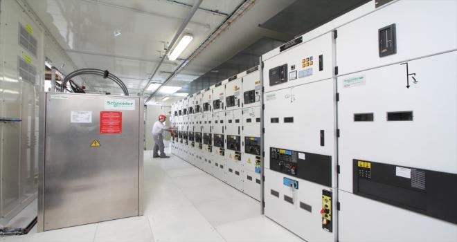 Schneider Electric dünyanın ilk sürdürülebilir lityum madencilik güç çözümünü başlatıyor